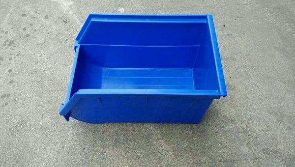 plastic parts drawers